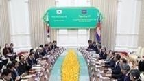 """한·캄보디아 정상 """"한국기업 진출 지원·투자협력 확대"""""""